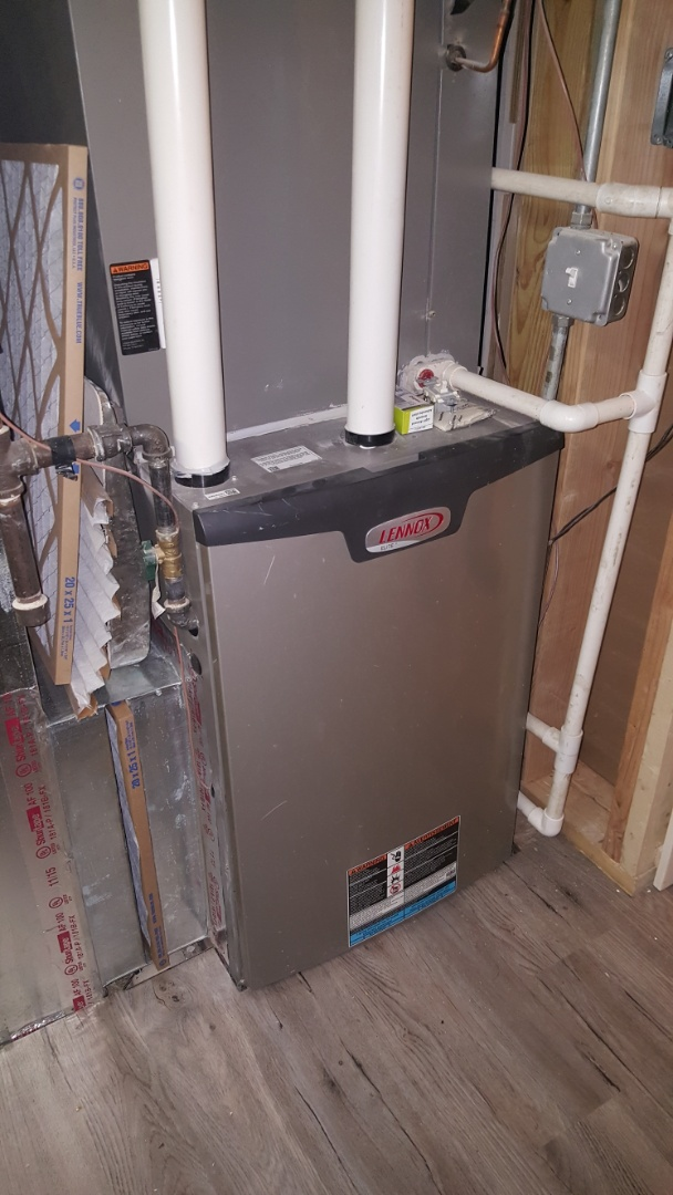 Cary, IL - Repairing a Lennox EL296 high efficiency, variable speed natural gas furnace, in Cary, IL