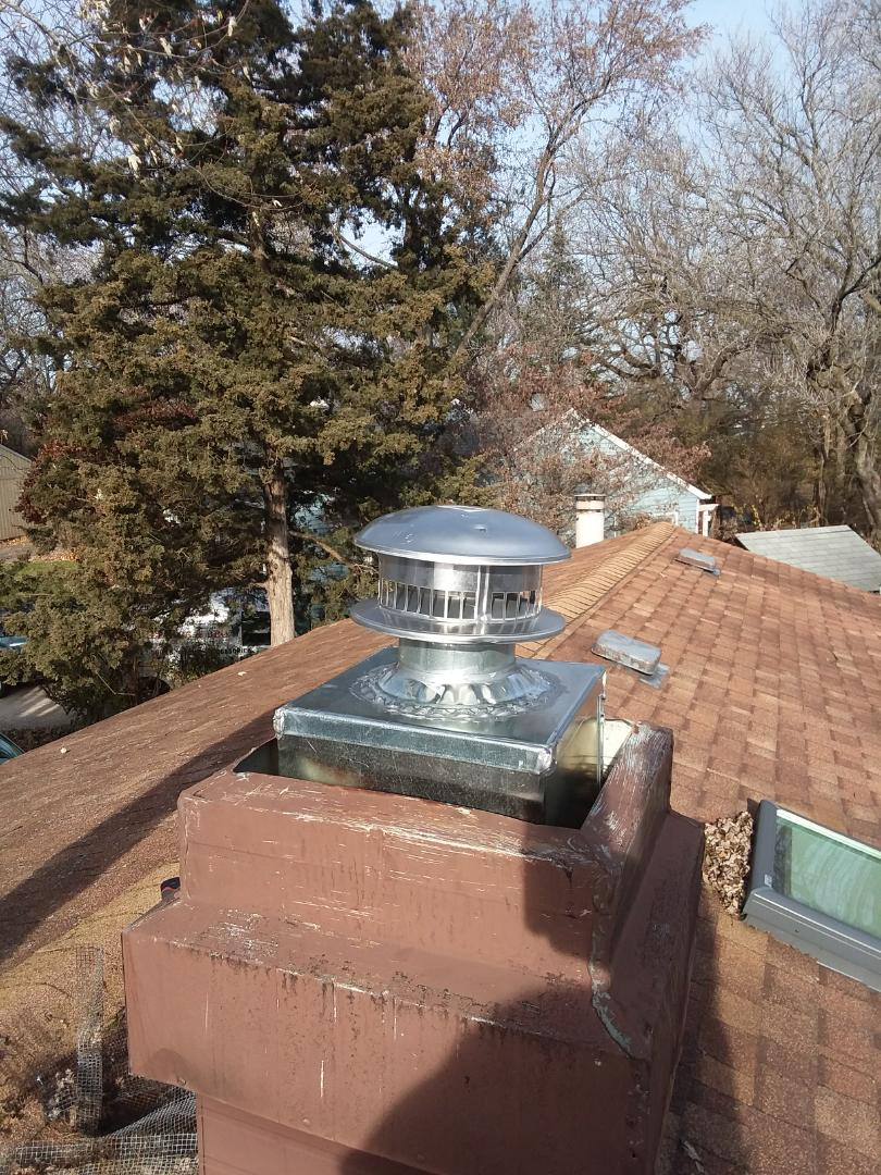 """Streamwood, IL - Replacing 5"""" B-vent and top"""