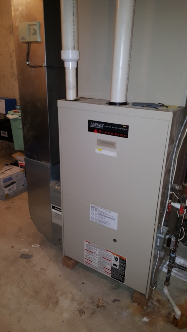 Bartlett, IL - Repairing a high efficiency Lennox G32V natural gas furnace, in Bartlett, IL 60103.