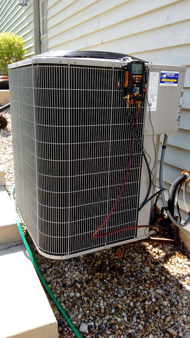 Lake in the Hills, IL - Staring manufacturer recommended annual maintenance on Bryant Air Conditioner model 116BNA0060A Near Lake In The HIlls  Compass Heating want Air Conditioning