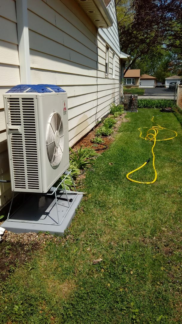 Rolling Meadows, IL - Starting Manufacturer recommended annual maintenance on a Lennox air conditioner and Mitsubishi ductless system.  Near  Rolling Meadows High School