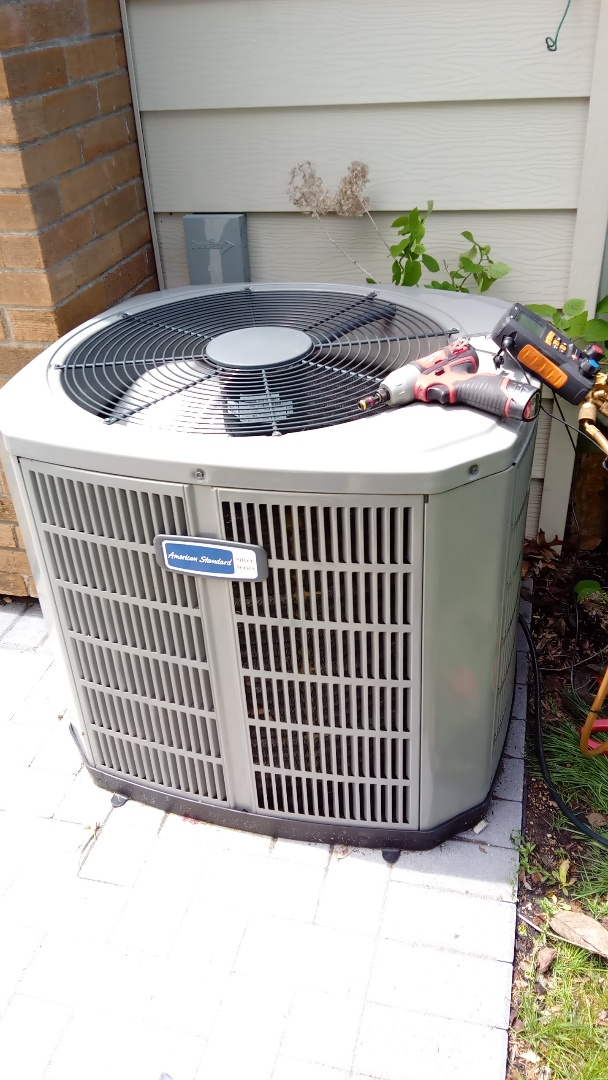 Wheaton, IL - Starting diagnostic service call for no cooling on American Standard Air Conditioner in Wheaton near College of Dupage Compass Heating and Cooling