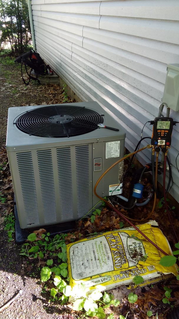 Streamwood, IL - Starting manufacturer recommended annual maintenance on Rudd Air Conditioner near Arthur Janua Forest Preserve