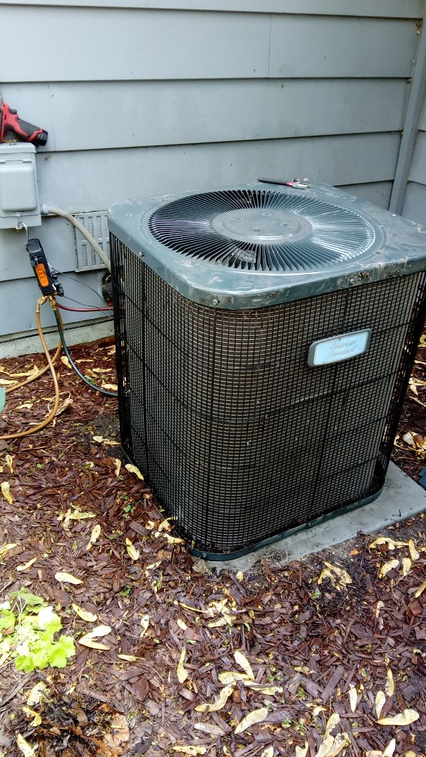 Palatine, IL - Starting manufacturer recommended annual maintenance on American airlines Standard Air Conditioner