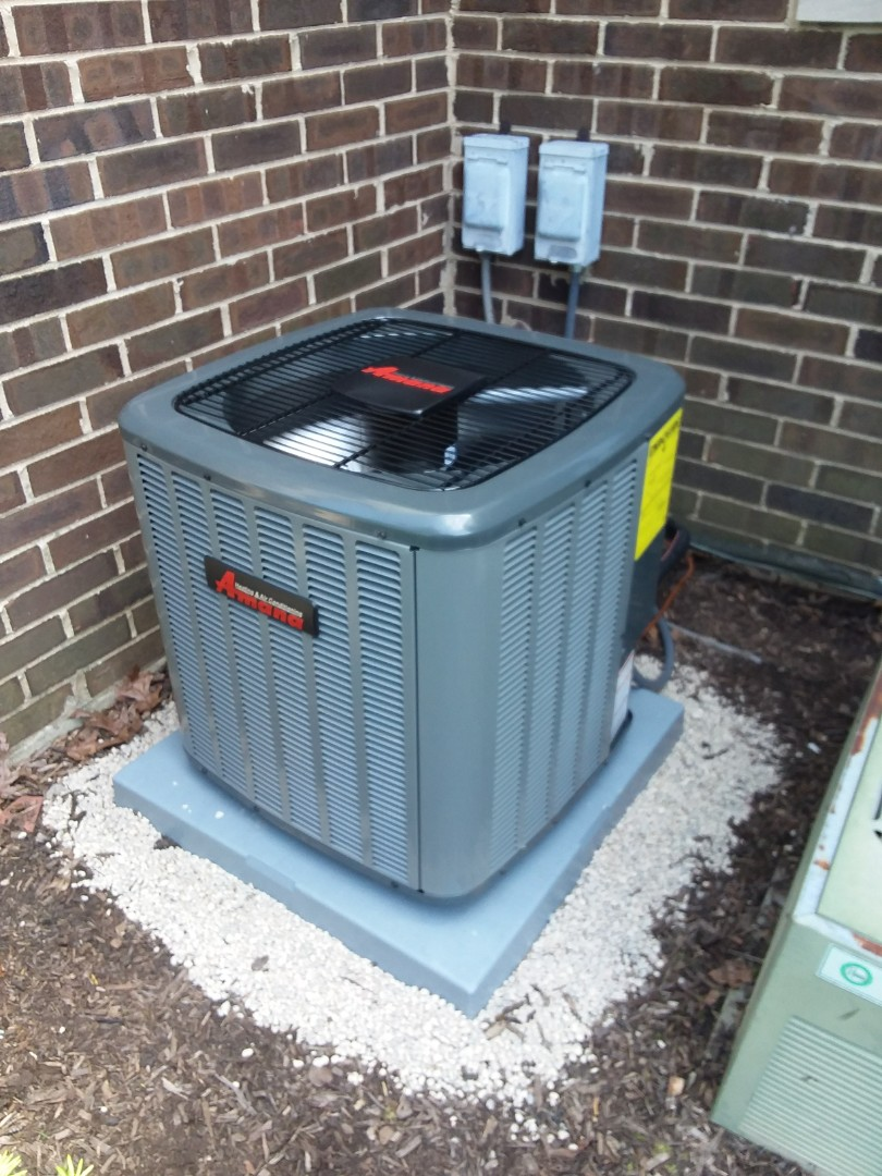Palatine, IL - Installing a new 13 seer Amana air conditioner in Palatine to solve their cooling issues.
