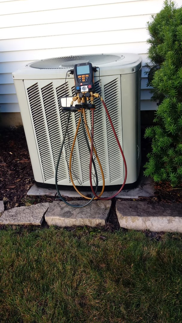 Schaumburg, IL - Starting manufacturer recommended annual maintenance on American Standard Air Conditioner