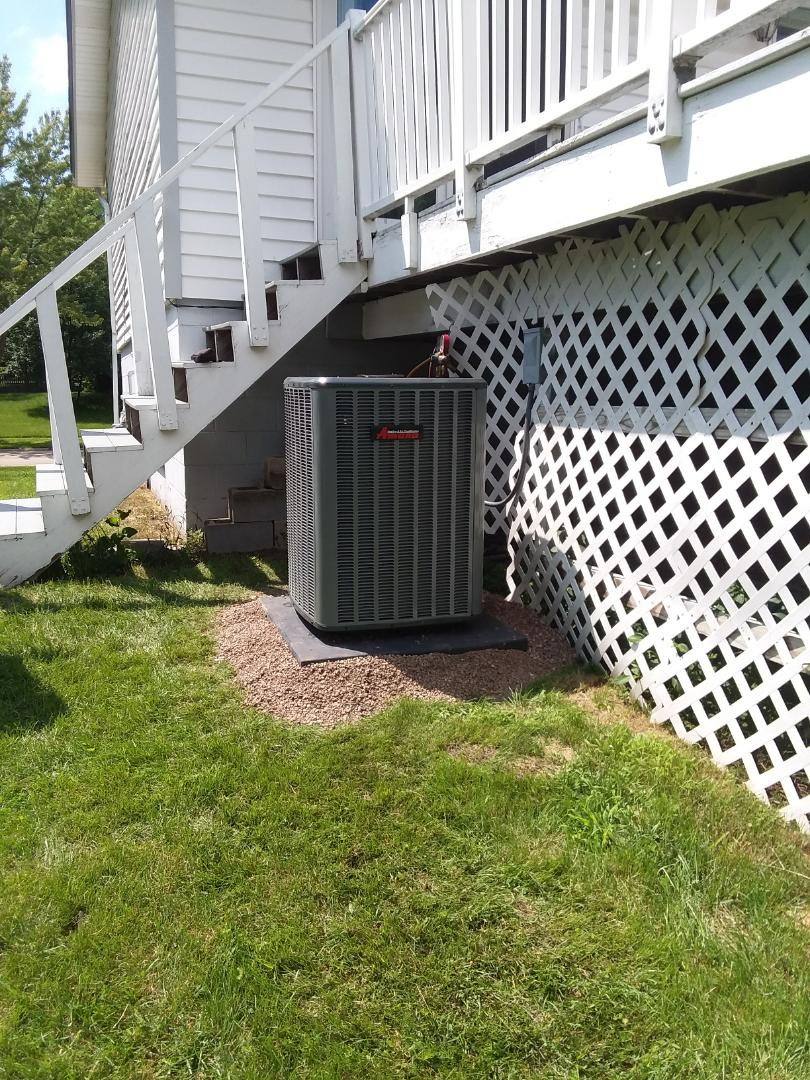Schaumburg, IL - Replacing a broken 3 ton air conditioner with a new high efficient Amana system in Schaumburg
