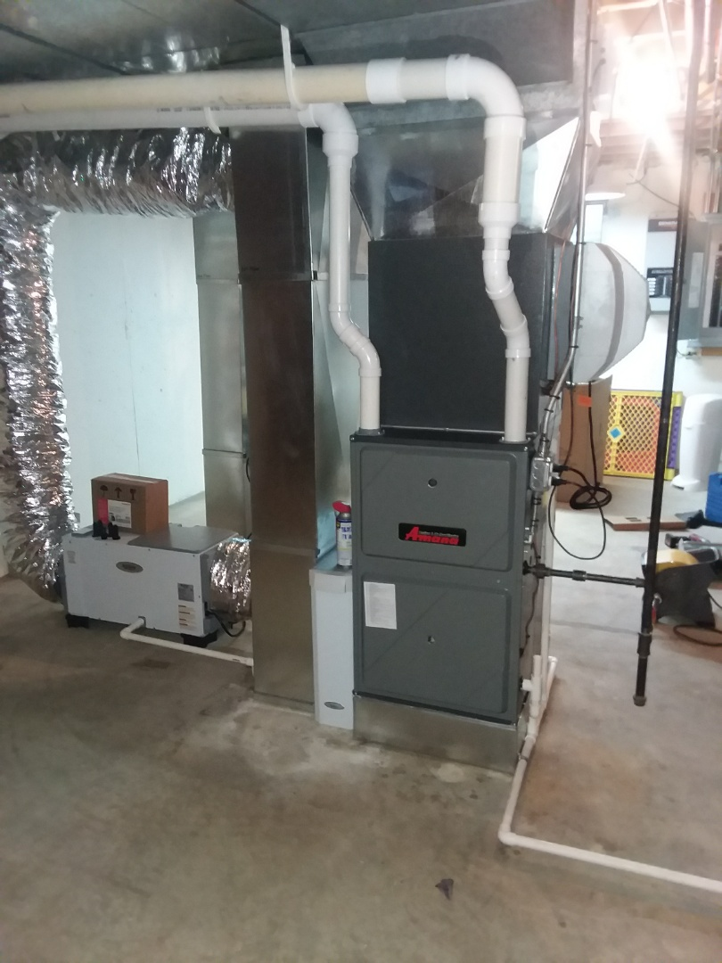 Naperville, IL - Installing a new Amana air conditioner and furnace all high efficient and modulating
