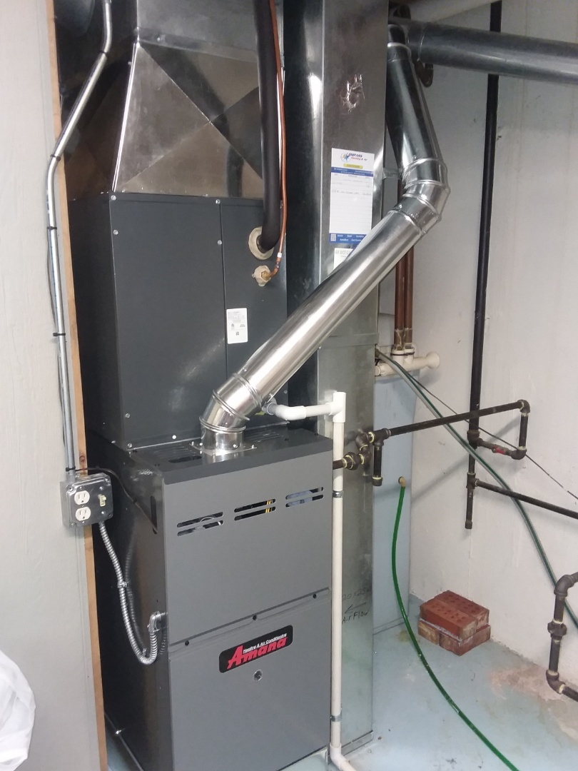 Hoffman Estates, IL - Installing a new amana furnace and air conditioner in Hoffman estates.