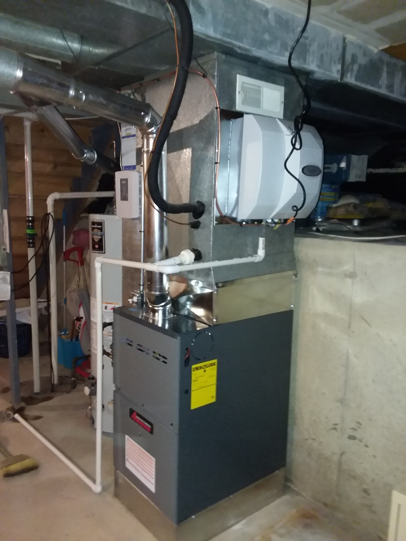 Palatine, IL - Installed a new amana furnace and humidifier.
