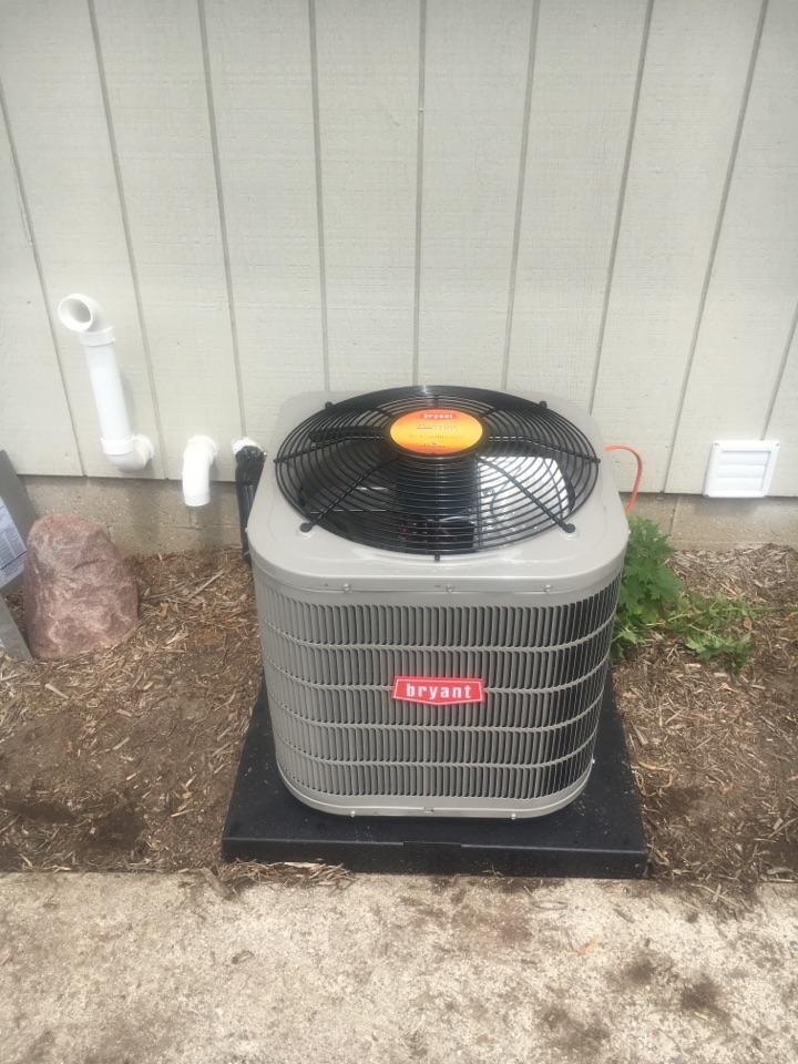 Rockford, MI - Air Conditioner installation call.  Performed ac install on Bryant ac
