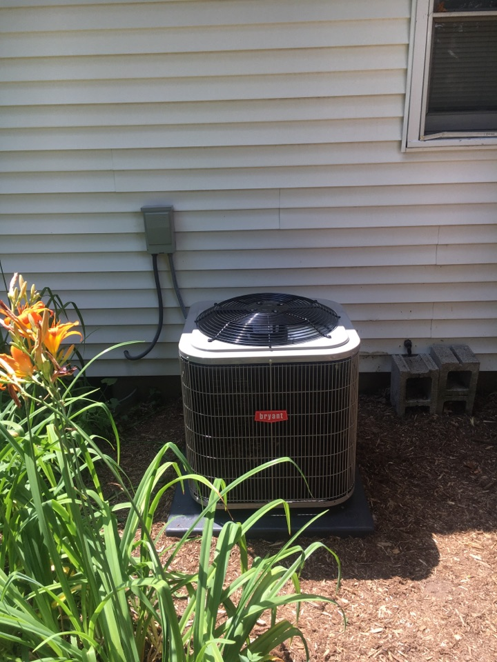 Rockford, MI - Installed a new Bryant air conditioner