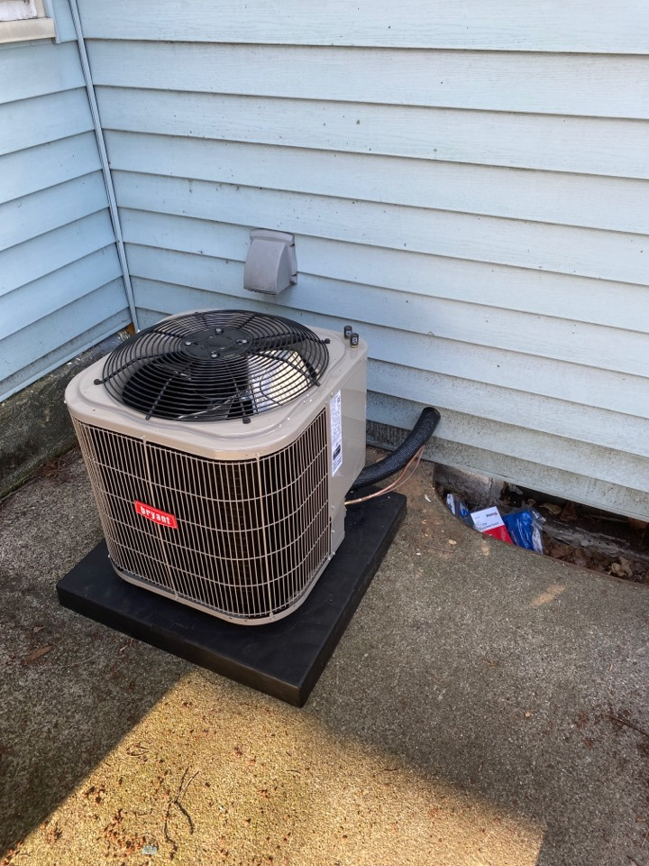 Grand Rapids, MI - Installing new furnace and AC Plus thermostat