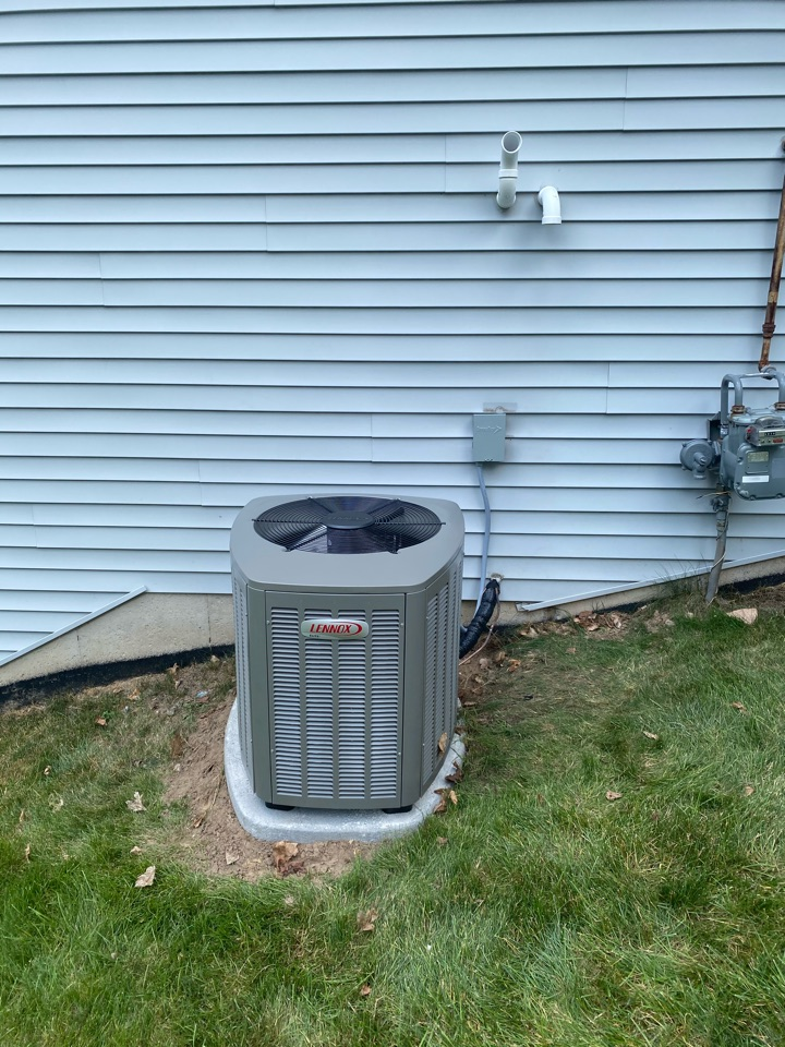 Wyoming, MI - Air Conditioner installation call.  Performed ac install on Lennox air conditioner