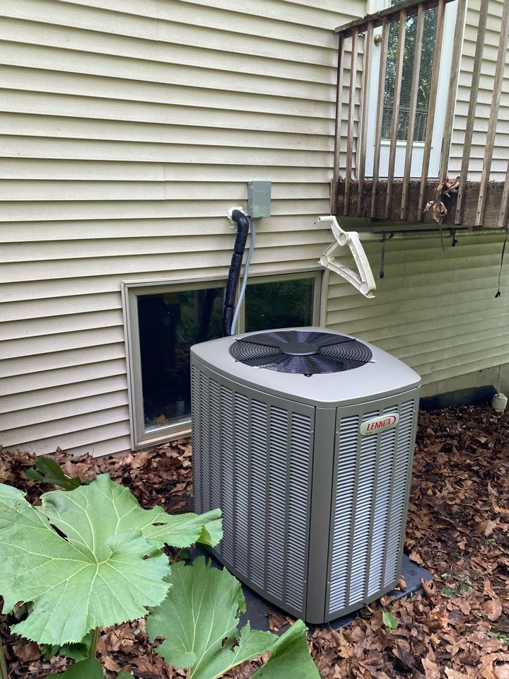 Rockford, MI - Air conditioner installation call.  Performed ac install on Lennox air condtioner