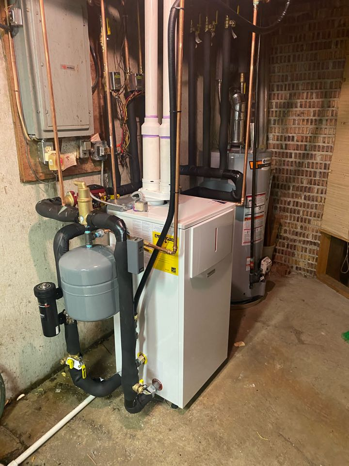 Kentwood, MI - Boiler installation call.  Performed boiler install on Bosch boiler