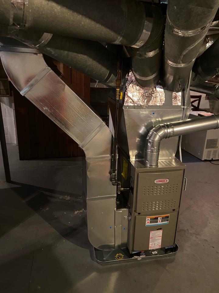 Grand Rapids, MI - Installation of a Lennox furnace