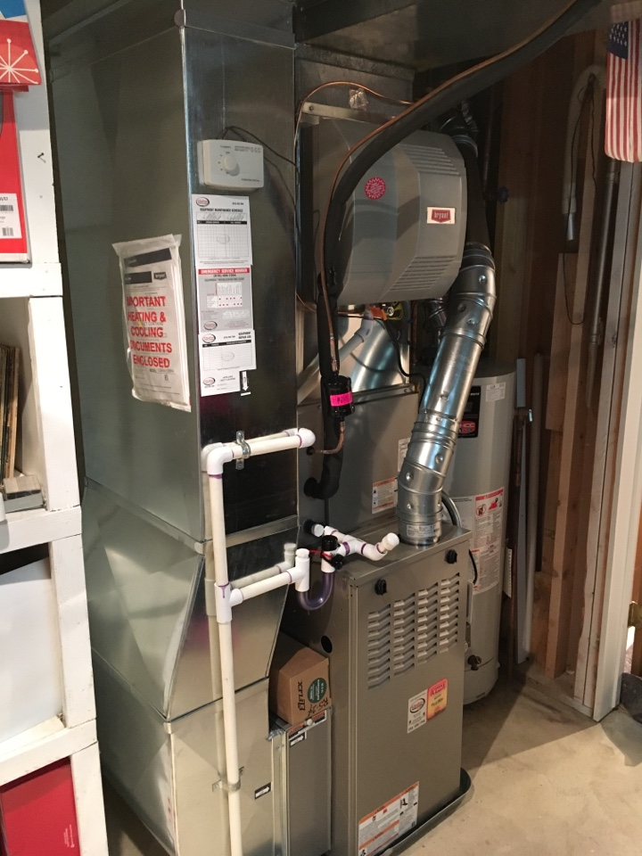 Hudsonville, MI - Installation of Bryant furnace and air conditioning