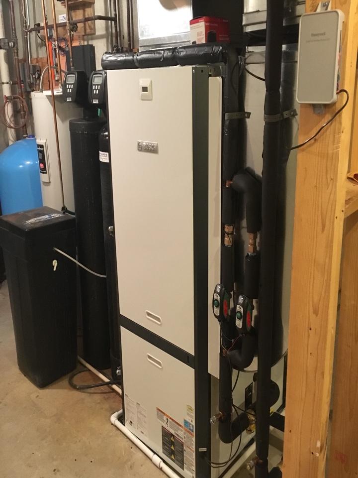Caledonia, MI - Installed a new Bosch geothermal heat pump