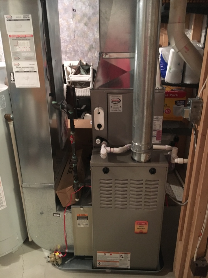 Walker, MI - installation of furnace and air conditioner