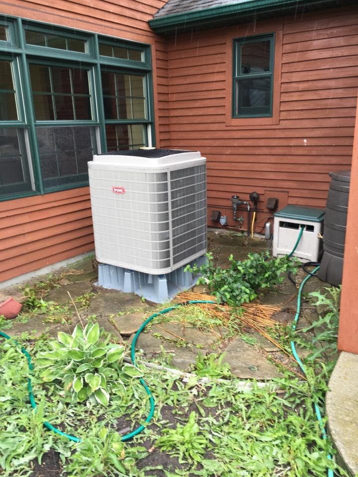 Rockford, MI - heat pump service call. performed heat pump installation on bryant unit