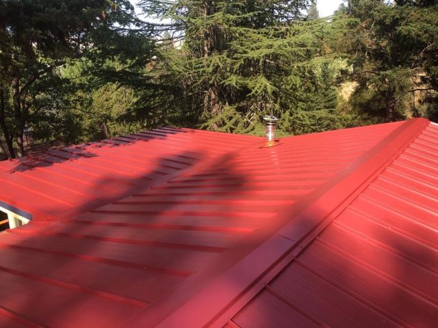 Ashland, OR - This customer in Ashland just had a new ASC Metal Roof installed  in Rustic Red.
