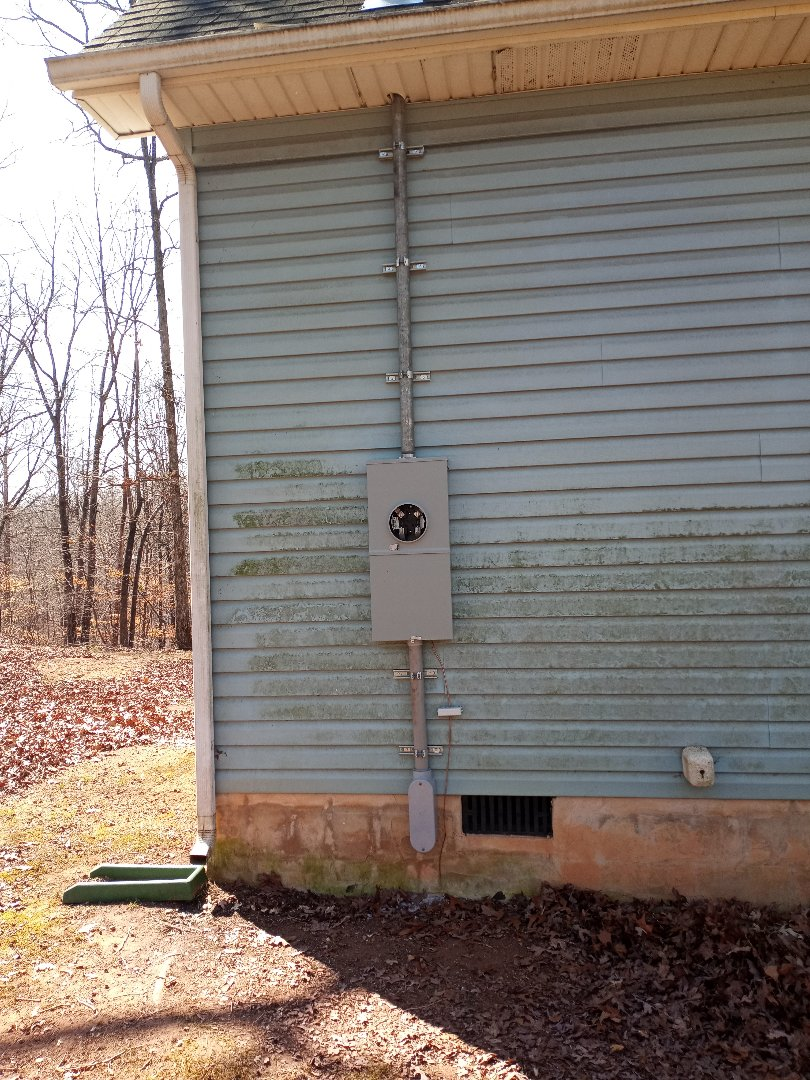 Electrician near me in Chatsworth Georgia install a new meter main combo camera