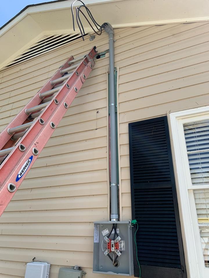 Electrician near me in cedartown ga replaced broken meter and mast