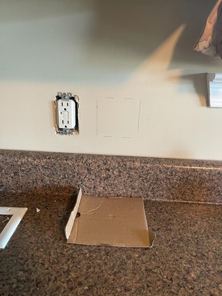 Electrician near me in Douglasville ga replaced a bad gfci.