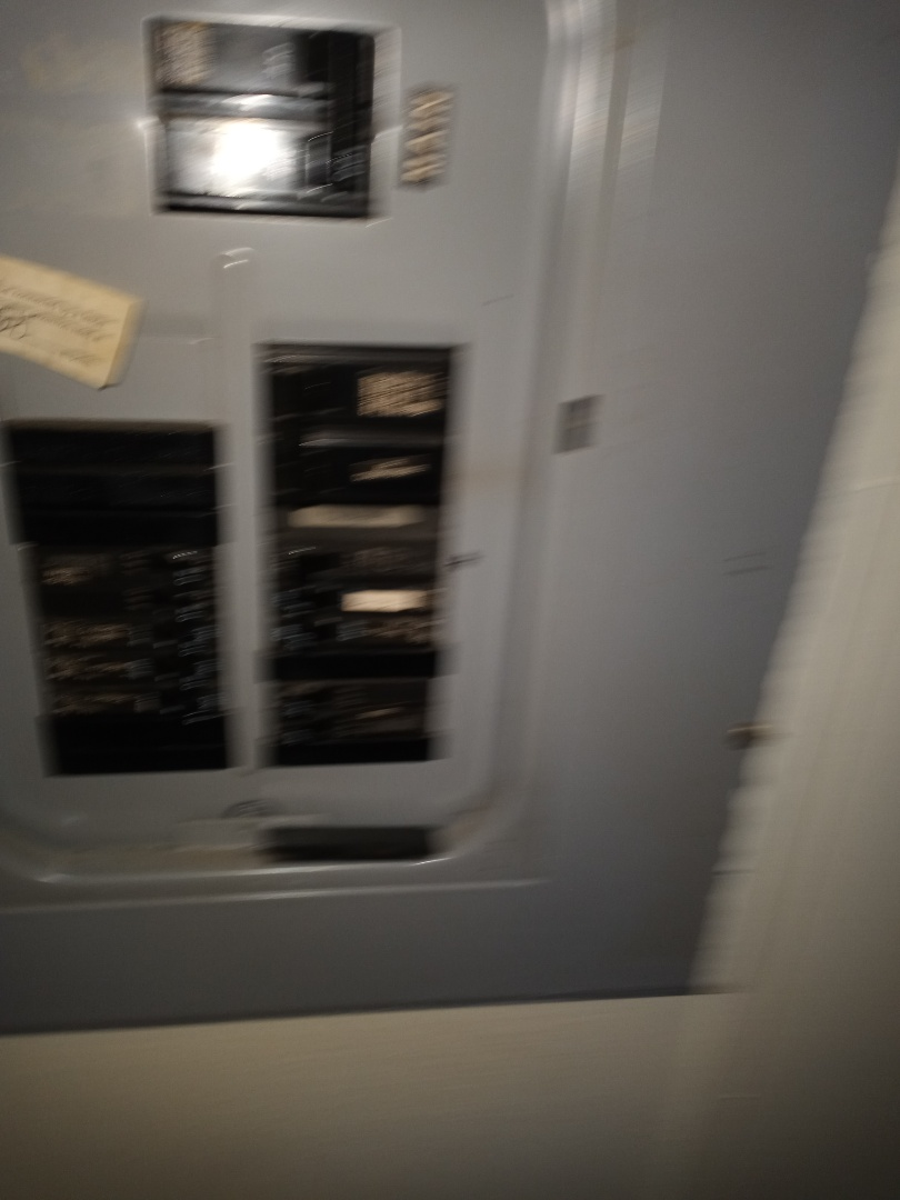 Electrician near me in Rocky Face Georgia is giving a free electrical estimate 4 panel replacement