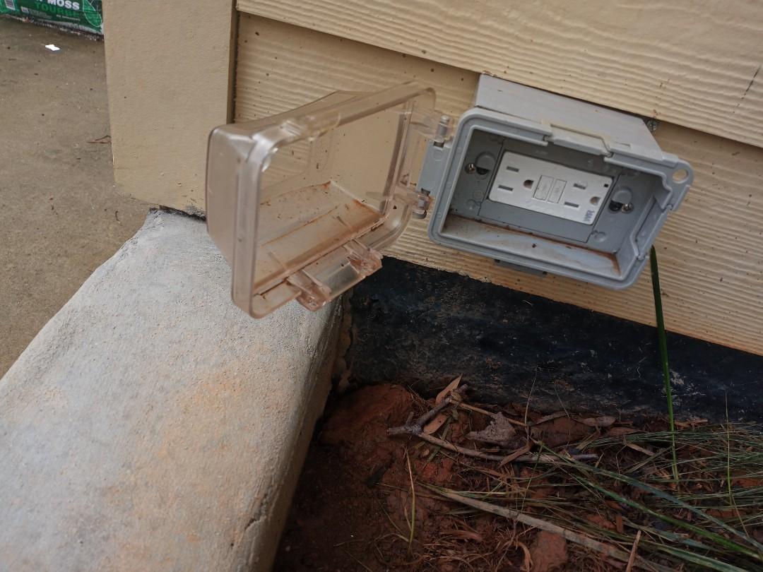 Electrician near me in Marietta Georgia is correcting GFCI circuit