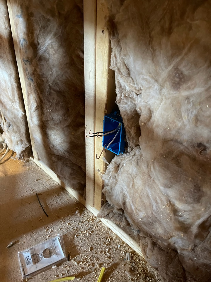 Electrician near me in fairmount ga installed new outlet in unfinished bedroom.