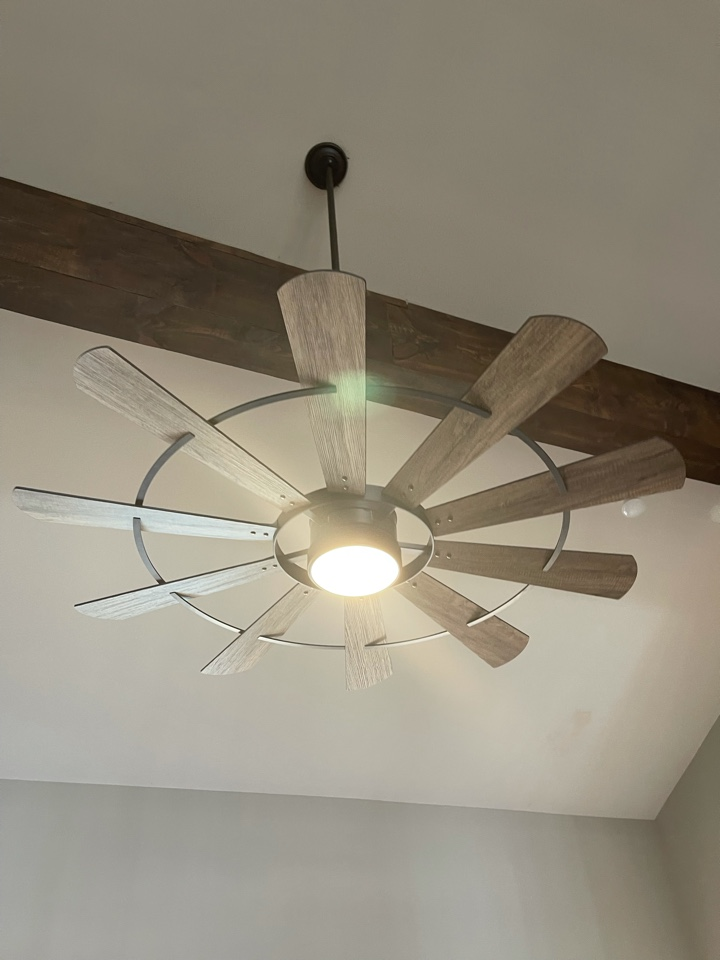 Electrician near me in Kingston ga replaced a customer supplied ceiling fan on existing circuit