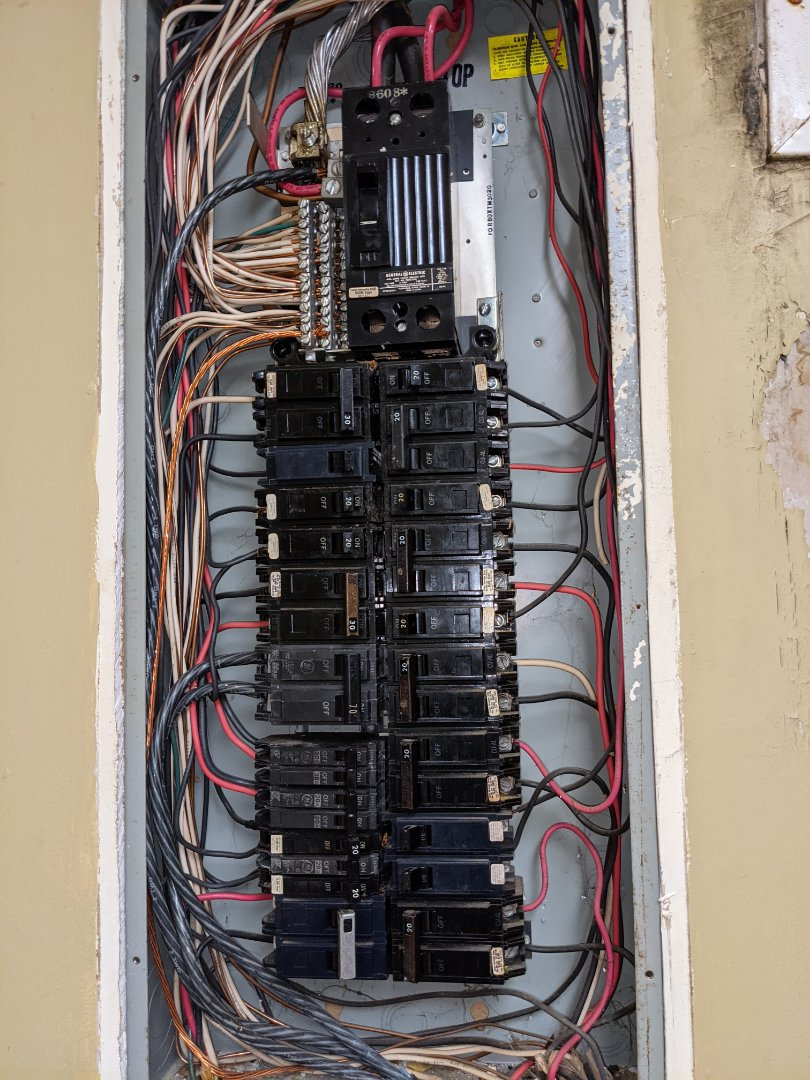 Electrician near me in powder springs installed a new 20amp outlet and panel service