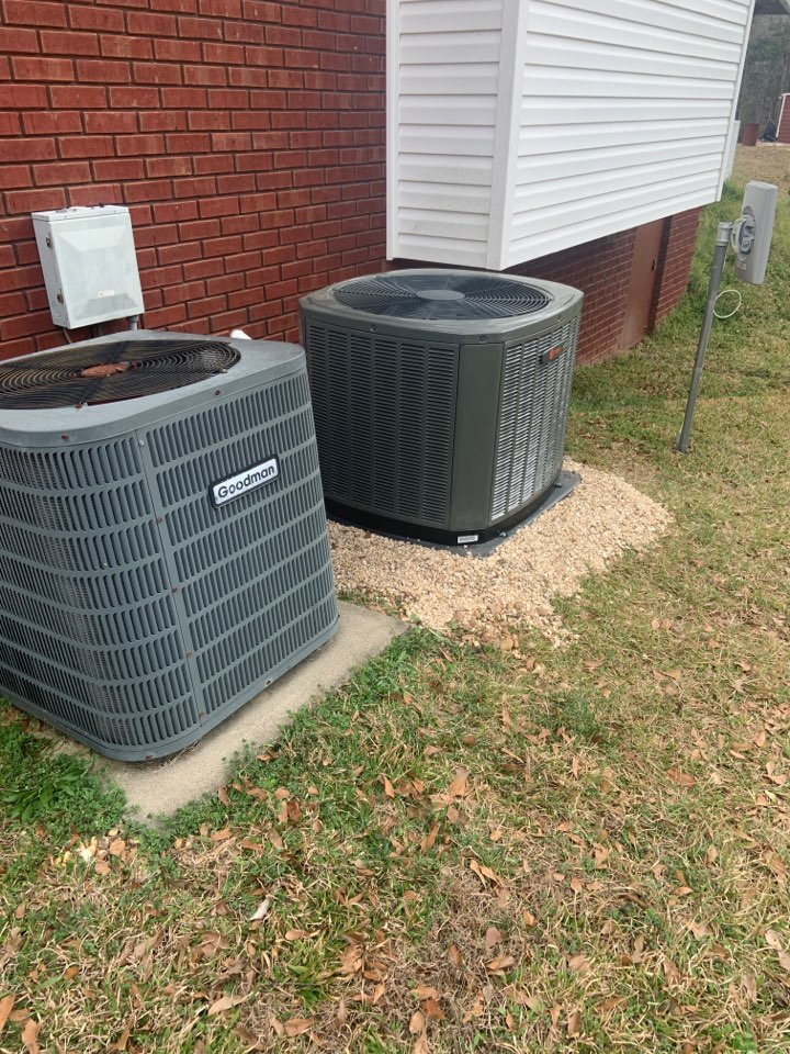 Clanton, AL - Done a service and check on the new 4 ton trane system and also check his old system out. Check ref electric and thermostat.. blowed out drain line and check indoor coils.. all ok at this time..