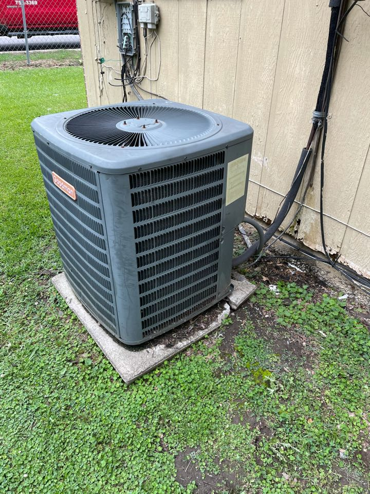 Clanton, AL - Customers unit was not cooling properly, I  adjusted the refrigerant charge and checked all other operation.