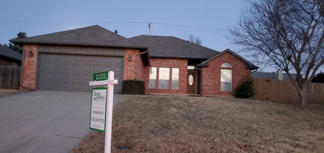 Edmond, OK - This customer called us to have her roof replaced before the sale of her home.