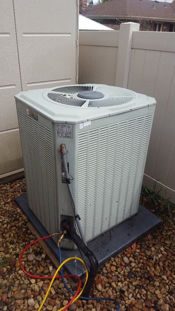 Mount Prospect, IL - Performed A.C. maintenance on Trane air conditioner. Replaced contactor.