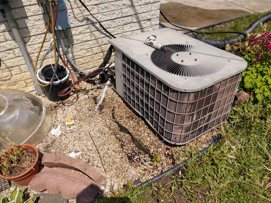 Mount Prospect, IL - Air conditioner cleaning. We performed annual maintenance on a Goodman AC unit