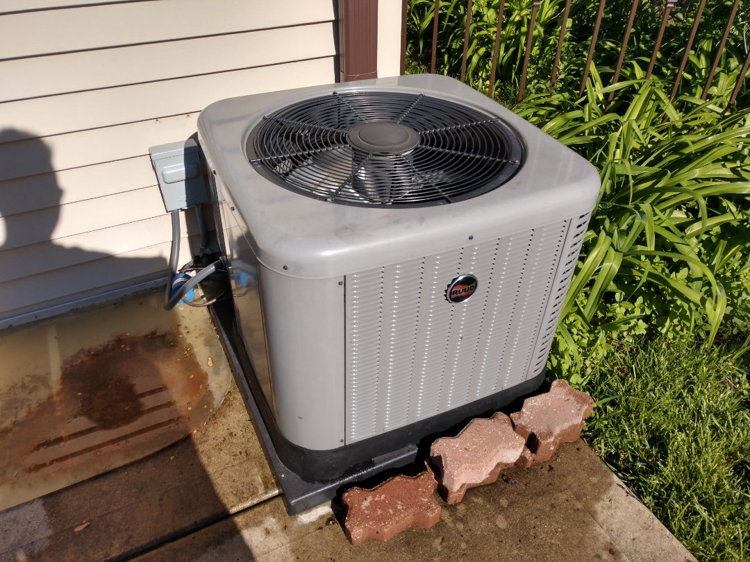 Mount Prospect, IL - We performed maintenance on a Rheem/Ruud air conditioner and serviced the Aprilaire air cleaner