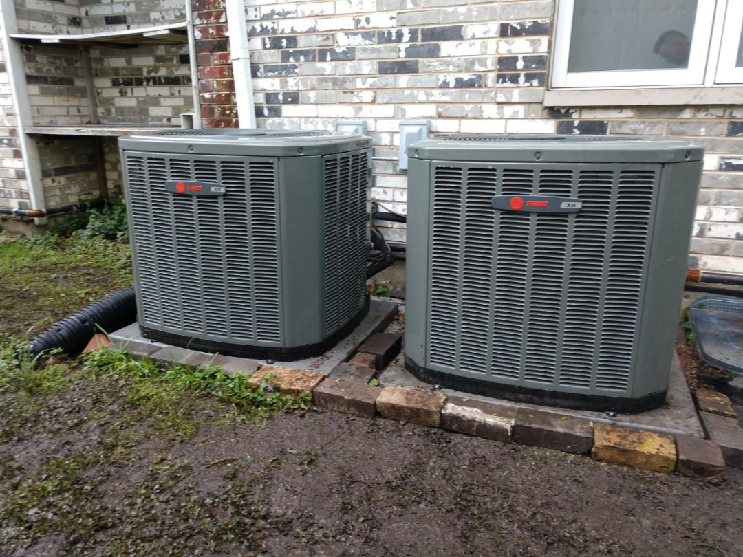 Mount Prospect, IL - Releveled Trane XR13 air conditioner. Air Conditioning service in Mt Prospect.