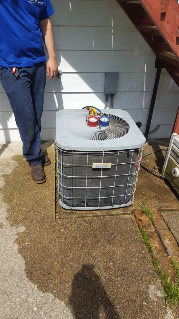 Mount Prospect, IL - Performed A.C. maintenance on Heil air conditioner. Air Conditioning tune up in Mt Prospect.