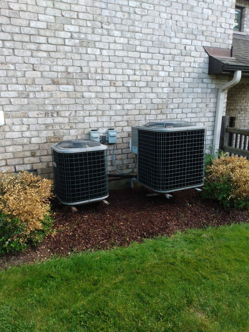 Medinah, IL - Performed AC maintenance on two Heil air conditioners. Air conditioning tune up in Medinah.