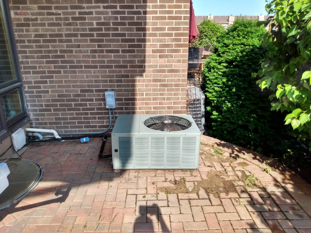 Wood Dale, IL - Performed AC maintenance on Rheem air conditioner. AC tune up in Wood Dale.