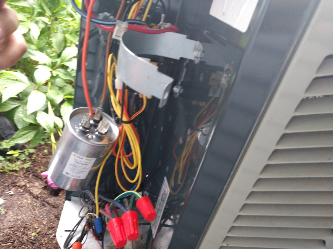 Mount Prospect, IL - Ac service - We replaced a dual capacitor on an American Standard 4ttb60 16 seer air conditioner