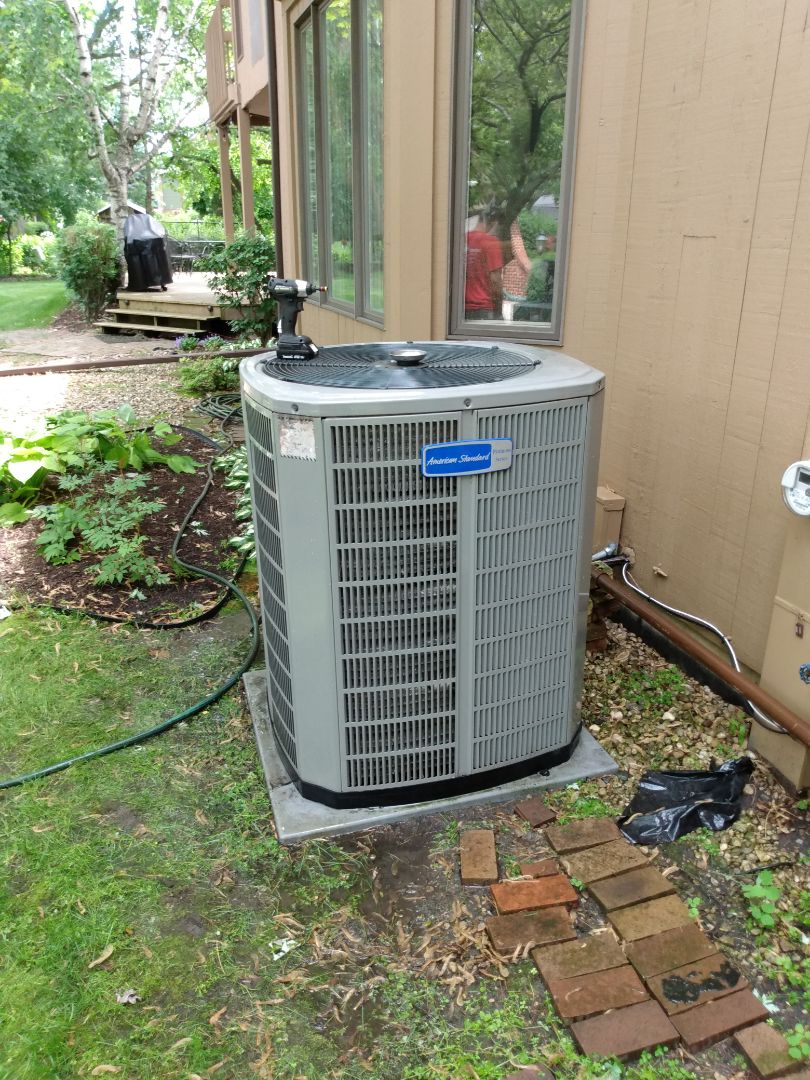 Mount Prospect, IL - Performed AC maintenance on American Standard Platinum ZM 20 air conditioner. Air conditioning tune up in Mt Prospect.