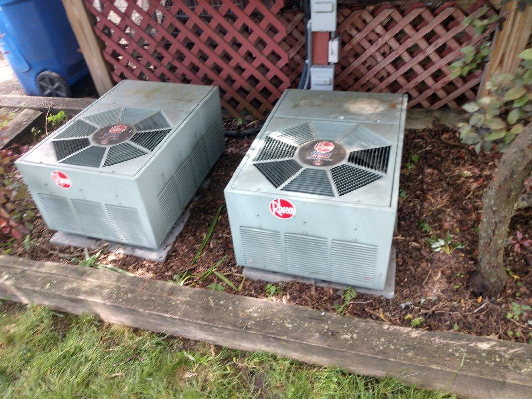 Des Plaines, IL - Ac service no cool call. We serviced a Rheem air conditioner
