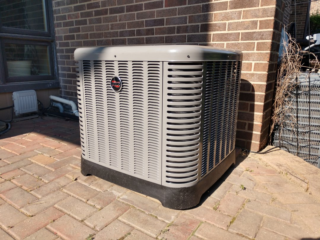 Wood Dale, IL - Ac heater installation. We performed an installing on a Rheem / Ruud RH1P Air handler and Ruud RA13 air conditioner