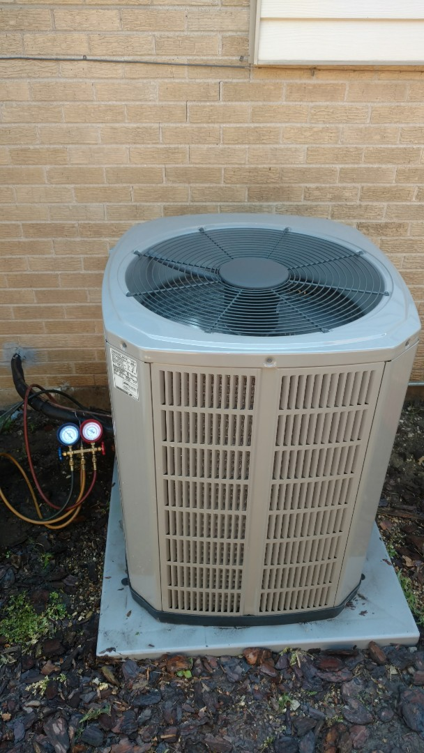 Mount Prospect, IL - Performed AC maintenance on American Standard 4A7A6030. Air conditioning tune up in Mt Prospect.