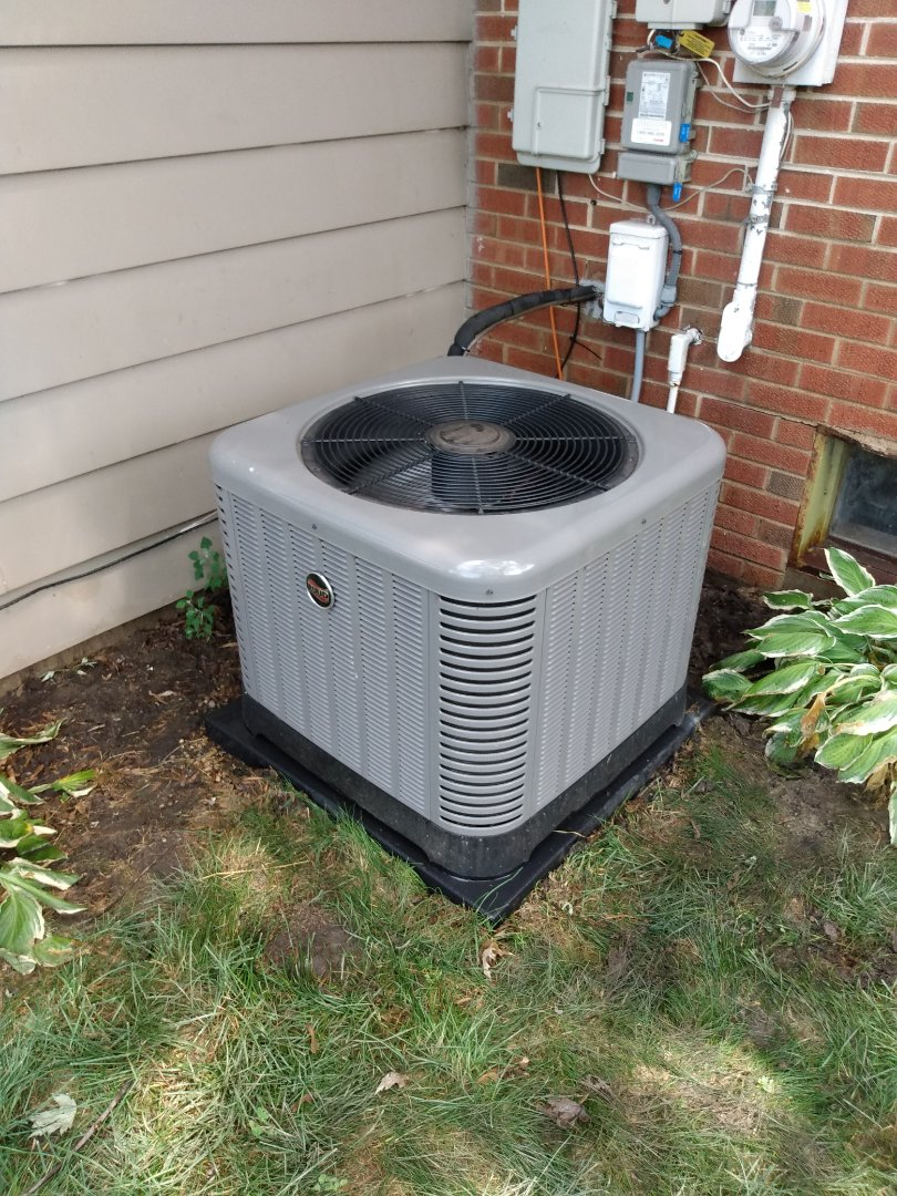 Mount Prospect, IL - Performed AC maintenance on Ruud RA1424 air conditioner. Air conditioning tune up in Mt Prospect.